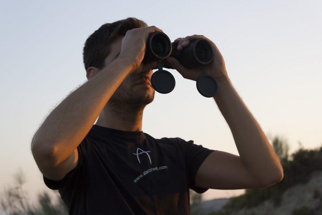 binoculares de largo alcance